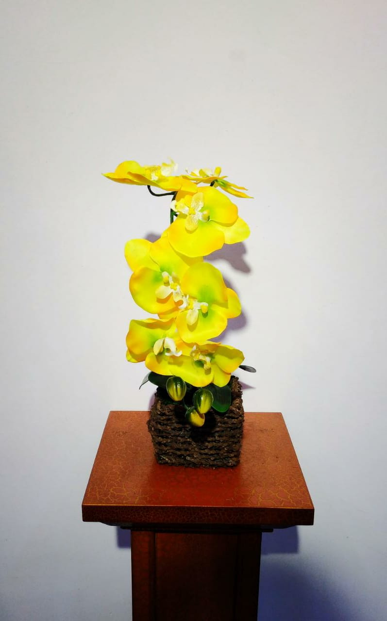 Artificial Floral Arrangement (h:38cm, w:13cm)