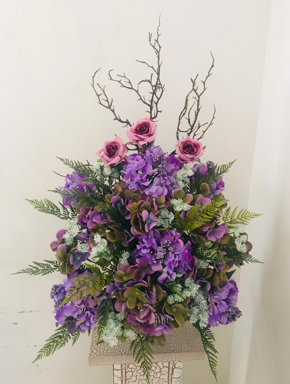 Artificial Floral Arrangement (h:76cm w:54cm)