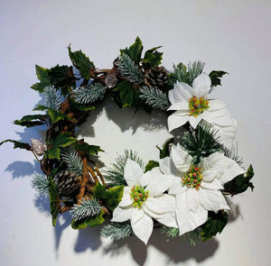Artificial X'mas Arrangement (h:40cm w:37cm)