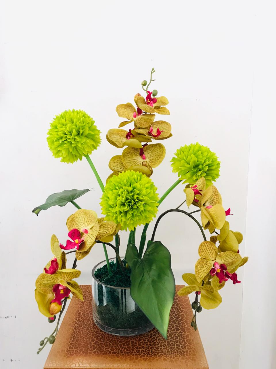 Artificial Floral Arrangement (h:54cm w:38cm)
