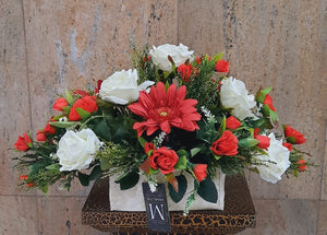 Artificial Floral Arrangement (h:24cm w:43cm)