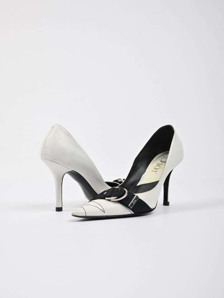Christian Dior Pointed Toe Buckle Pumps