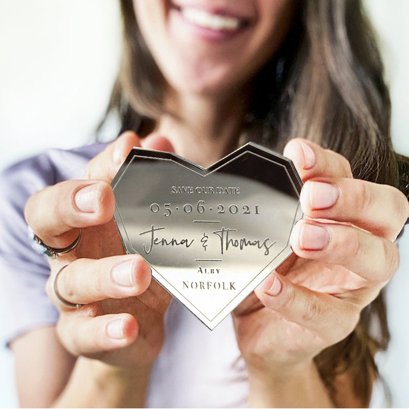Magnet Save the Date on Plexi Mirror in Silver and Gold Acrylic Engraved - Many Shapes