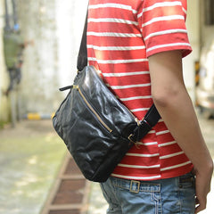 Handmade Black Wrinkled Leather Men Postman Bag Coffee Cool Courier Bag Messenger Bag One Shoulder Backpack For Men