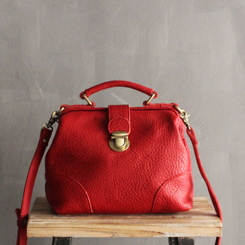 Vintage LEATHER WOMEN Doctor Handbag Doctor Purse SHOULDER BAG Purse FOR WOMEN