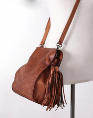 Vintage Womens Leather shoulder bag leather crossbody bag purse with tassels