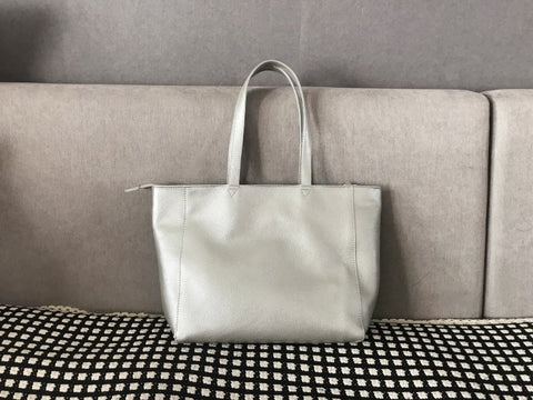 Stylish Womens Silver Leather Tote Bag Shoulder Tote Bag Silver Tote Purse For Women