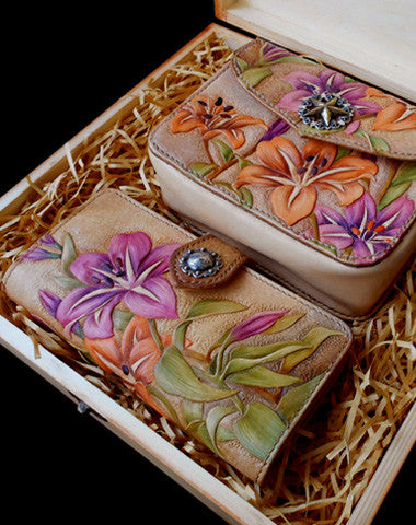 Handmade women wallet vintage carved lily flower leather long wallet/hip bag for women