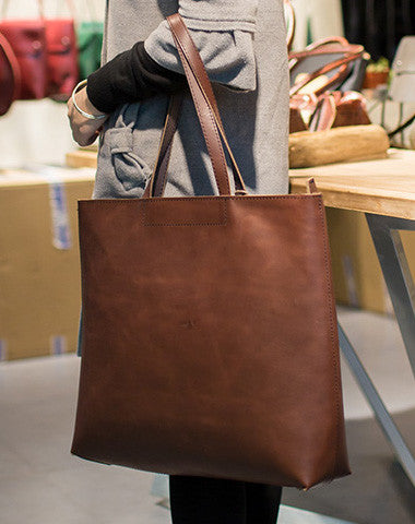 Big brown leather shoulder bag