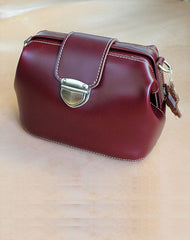 Womens Red Leather Doctor Shoulder Purses Claret Doctor Crossbody Purses for Women
