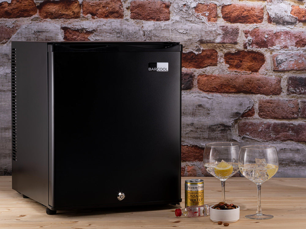 Barcool Bar 30 litre mini bar table top fridge black