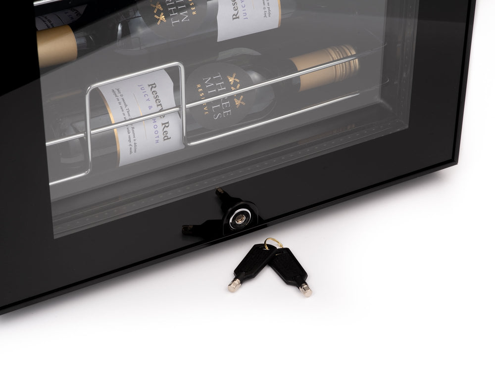 Subcold Viva 24 bottles wine cooler fridge (70 litre) lock and keys
