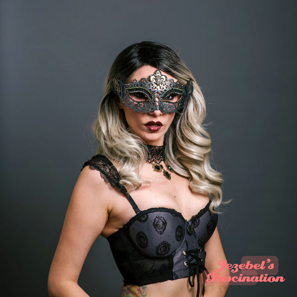 Gothic Carnevale Fleur de Lis Mask Masquerade Dracula Vampyre Cryptic Magic Dance Theater Ball Countess Carnival Mardi Gras Black Vampire Gothique Romantic