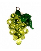 Load image into Gallery viewer, Czech Glass Lampwork Grape Bead