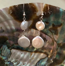 Load image into Gallery viewer, White Coin Pearl Bridal Earrings