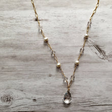Load image into Gallery viewer, Crystal Quartz and Freshwater Pearl Necklace