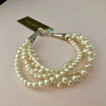 Load image into Gallery viewer, Freshwater Pearl Multi-Strand Bracelet