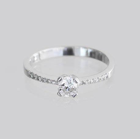 Vera Engagement Diamond Ring
