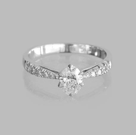 Nelly Engagement Diamond Ring