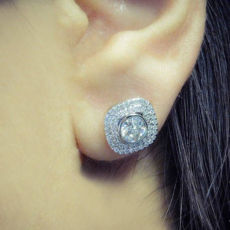 Alice Diamond Stud Earrings