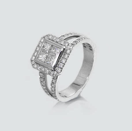 Lily Signet Diamond Ring