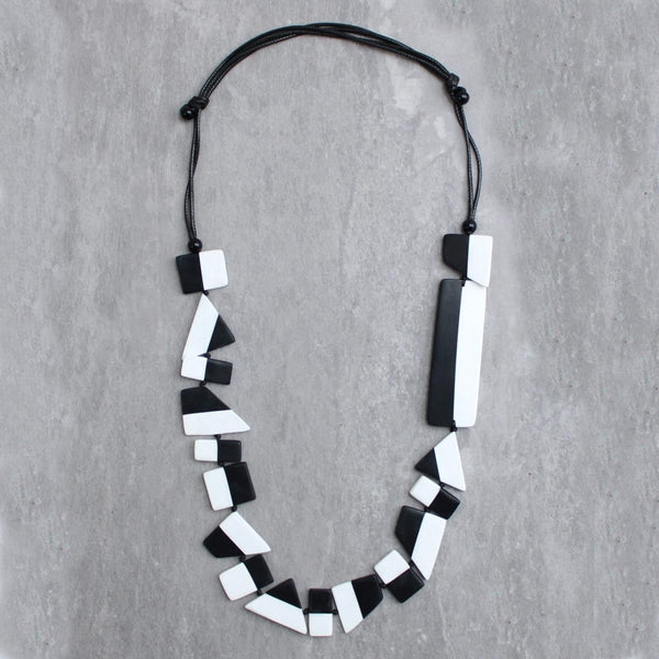 Sylca Black and White Resin Paula Necklace