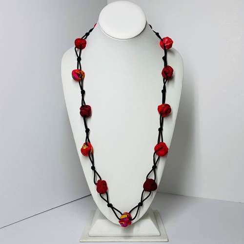 Ficklesticks Rosebuds and Knots Necklace - N64