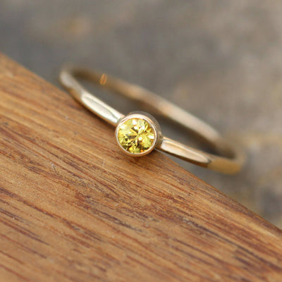Yellow Sapphire 3.5mm Gold Stacking Ring, Glossy Finish - Thick Stackable - Hammered Texture - Yellow Sapphire Recycled Yellow Gold Ring