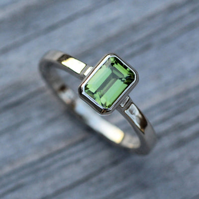 Peridot Octagon Gold Bezel Ring - 5x7mm Glossy Finish - Emerald Cut Peridot Ring - Rock Fettish Ring - Alternative Engagement Ring