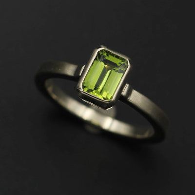 Peridot Bezel Ring - 5x7mm Octagon Matte Finish - Peridot Ring - Octagon Bezel Ring - Rock Fettish Ring - Alternative Engagement Ring