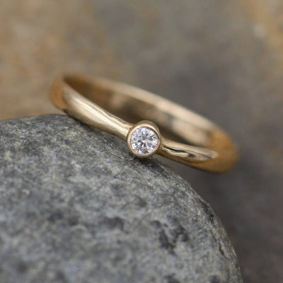 VS Diamond Solitaire Ring - Glossy Finish - 2.5 mm, 0.05 ct - Engagement Ring - Diamond Yellow Gold  Ring - VS Ring