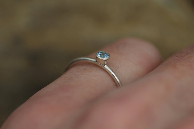 Aquamarine 3mm Bezel Ring - Aquamarine Stacking Ring - Aquamarine Petite Ring - Aquamarine Stackable - Aquamarine Ring