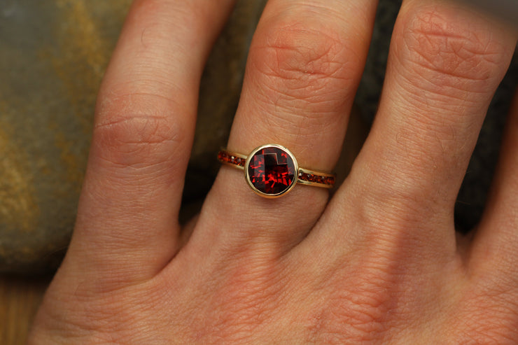 Garnet Alternative Engagement Ring - Garnet Bezel Ring - Garnet Channel Ring - Garnet Yellow Gold Ring - Honker Garnet Ring
