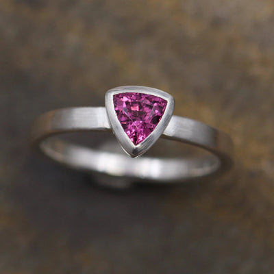 Rhodolite Garnet Trilliant Ring - 5x5mm Matte Finish - Engagement Ring - Garnet Bezel Ring - Triangle Ring - Rhodolite Ring