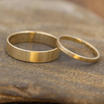 14kt Yellow Gold Wedding Ring Set 5x1mm and 2x1.2mm Matte Gold Bands - Matte Bands - Yellow Gold Bands - Low Profile Gold Bands