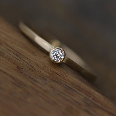Canadian Diamond VS Stacking Ring Matte Finish - 2.5 mm, 0.05 ct - Engagement Ring - Diamond Gold Stacking Ring - VS Ring
