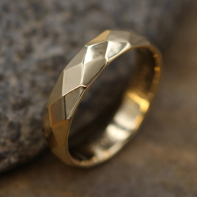 18kt Yellow Gold 4.5x1.5mm width Hammered/Faceted Texture - Simple Gold Band - Personalized, Custom Engraving, Stackable, Hand Made