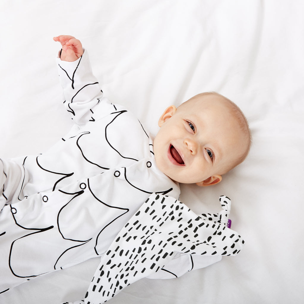 Snuz Sleepsuit & Comforter Set - Wave Mono - Beautiful Bambino