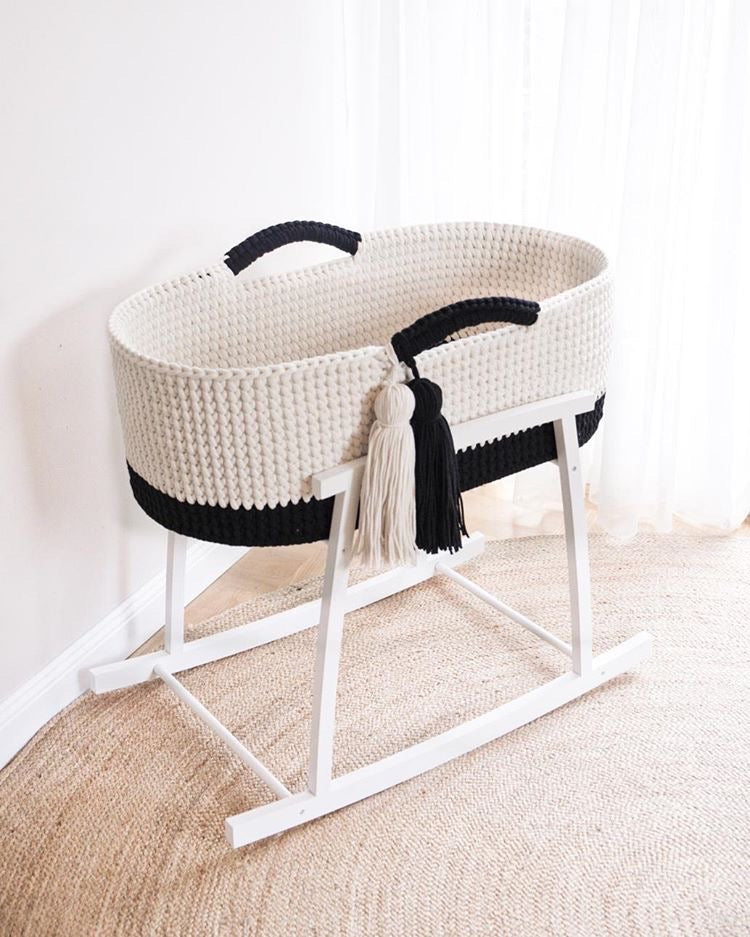 Crochet Moses Basket Two-tone - Black/Ecru