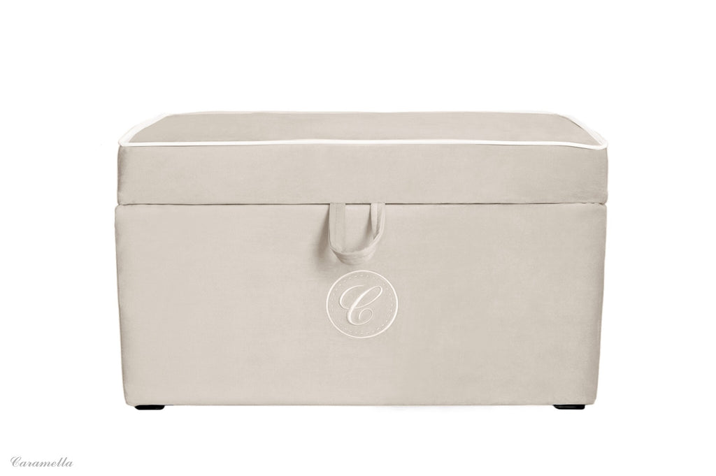 Caramella Beige Trunk With Emblem - Beautiful Bambino