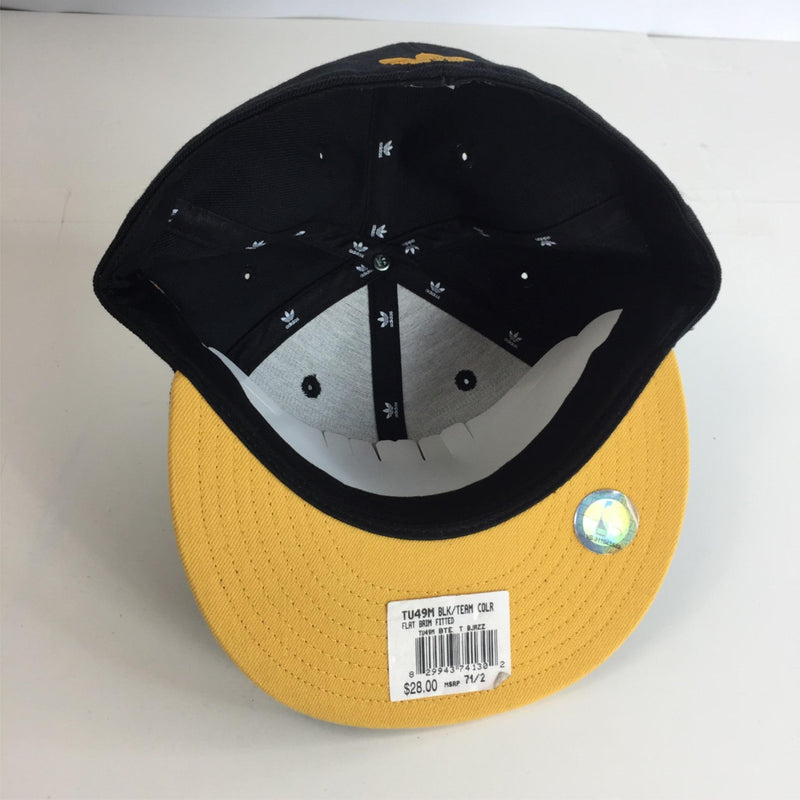 NWT NBA Adidas Black & Yellow / Gold w/ Basketball Patch Fitted Hat Size 7 1/2