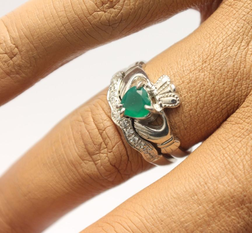 Jewelry - Agate Gemstone Claddagh Ring And Matching Stone Set Band.