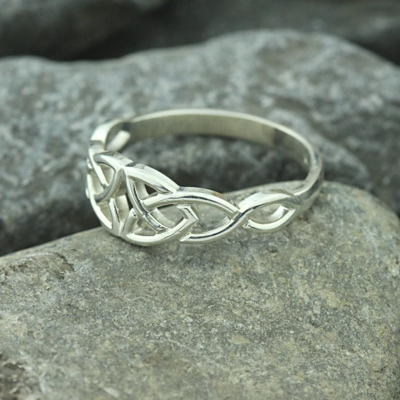 Jewelry - Celtic Ring, Irish Silver Celtic Knot Ring.