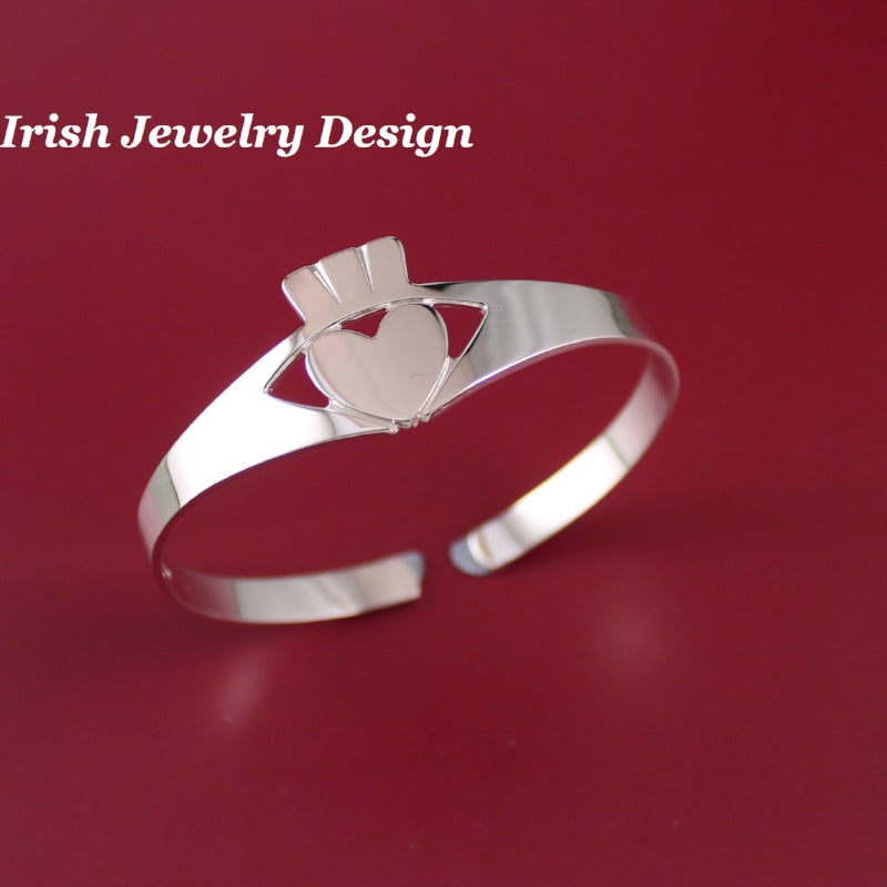Jewelry  - Claddagh Bangle In Sterling Silver