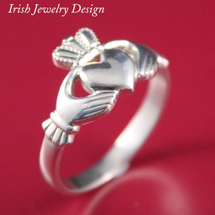 Jewelry  - Claddagh Ring, Ladies Silver Claddagh Ring