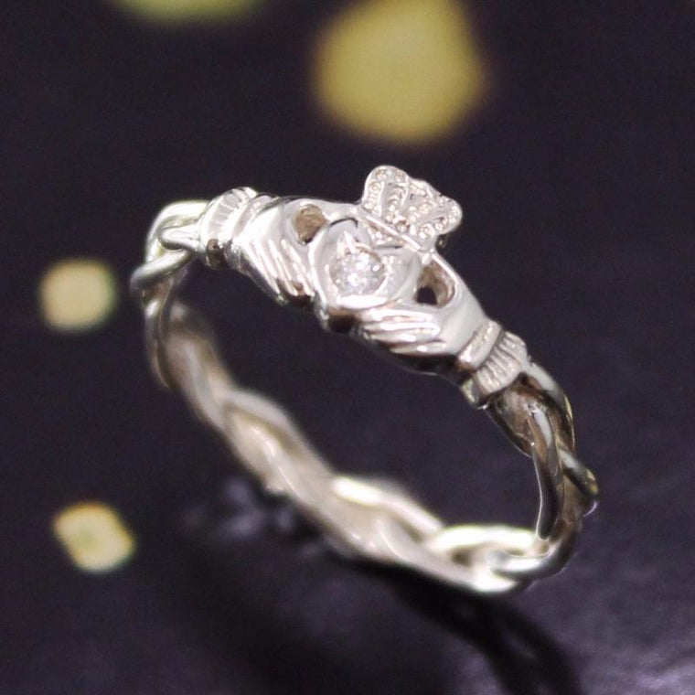 Jewelry - Claddagh Ring, Ladies Silver Diamond Claddagh Ring On Celtic Rope Band.
