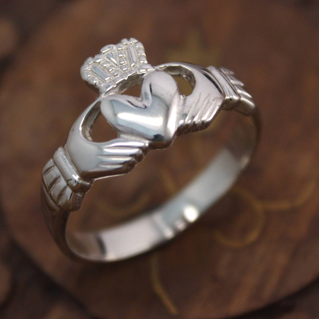 Jewelry - Claddagh Ring, Mens Silver Claddagh Ring.