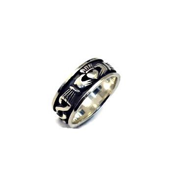 Jewelry - Irish Celtic Wedding Ring Featuring Celtic Knot And Claddagh Patterns.