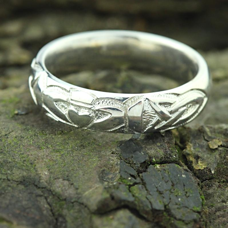 Jewelry - Irish Celtic Wedding Ring With Claddagh Design