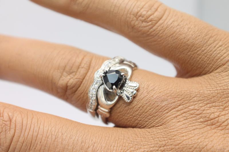 Jewelry - Real Black Sapphire Gemstone Claddagh Ring And Matching Stone Set Band.